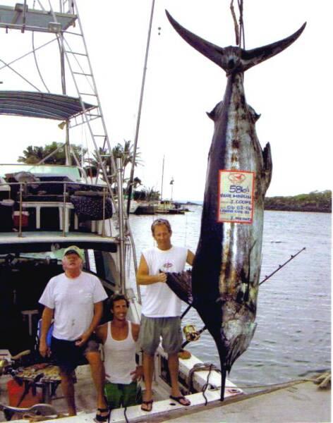 Kona oceanfront rental big island condos for rent for Kona hawaii fishing