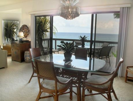 Kona Oceanfront Rental Kitchen